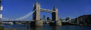 Bridge Across the River, Tower Bridge, Thames River, London, England