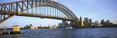 https://imgc.allpostersimages.com/img/posters/bridge-and-city-sydney-harbor-sydney-new-south-wales-australia_u-L-P18M7P0.jpg?p=0