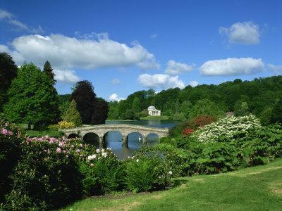 https://imgc.allpostersimages.com/img/posters/bridge-over-lake-at-stourhead-gardens-wiltshire-england-united-kingdom-europe_u-L-P7XIMK0.jpg?p=0