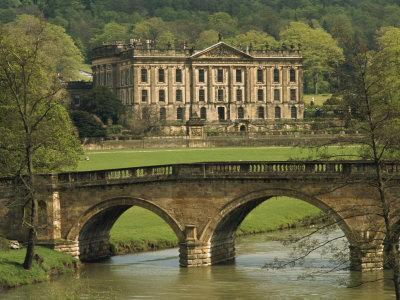 https://imgc.allpostersimages.com/img/posters/bridge-over-the-river-and-chatsworth-house-derbyshire-england-united-kingdom-europe_u-L-P7NHKW0.jpg?artPerspective=n