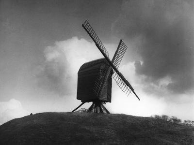 https://imgc.allpostersimages.com/img/posters/brill-windmill_u-L-Q107HMO0.jpg?p=0