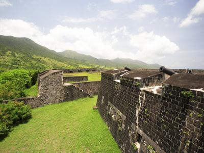 https://imgc.allpostersimages.com/img/posters/brimstone-hill-fortress-built-1690-1790-st-kitts-caribbean_u-L-P245M40.jpg?artPerspective=n