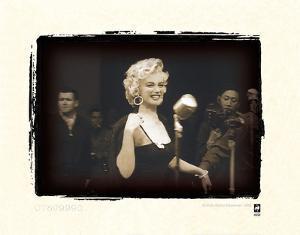 Marilyn Monroe In Korea by British Pathe