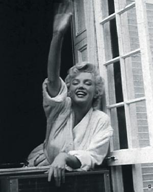 Marilyn Monroe V by British Pathe