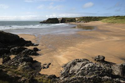 https://imgc.allpostersimages.com/img/posters/broad-haven-beach-near-stackpole-pembrokeshire-coast-national-park-pembrokeshire-wales-uk_u-L-PWFIYZ0.jpg?p=0