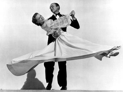 https://imgc.allpostersimages.com/img/posters/broadway-melody-of-1940-eleanor-powell-fred-astaire_u-L-PH41910.jpg?artPerspective=n