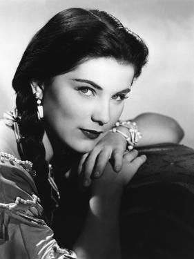 BROKEN ARROW, 1950 directed by DELMER DAVES Debra Paget (b/w photo)