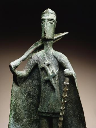 https://imgc.allpostersimages.com/img/posters/bronze-depicting-tribal-chief-with-a-blanket-armed-with-a-sword-and-cudgel-from-monte-arcosu_u-L-POPE320.jpg?p=0