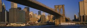 Brooklyn Bridge, East River, Manhattan, New York City, New York, USA