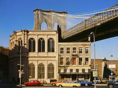 https://imgc.allpostersimages.com/img/posters/brooklyn-bridge-east-tower_u-L-Q10PDMR0.jpg?p=0