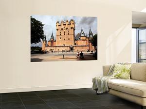 The Alcazar of Segovia (Segovia Castle) by Bruce Bi