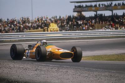 Bruce Mclaren's Mclaren-Ford, Spanish Grand Prix, Jarama, Madrid, 1968