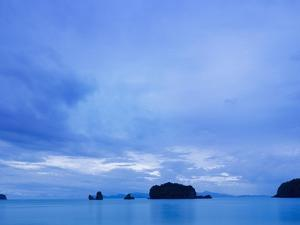 Bay Panorama from Tanjung Rhu by Bruno Ehrs