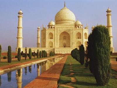 Taj Mahal by Bruno Ehrs