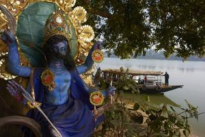 Hindu Statue and the Hooghly River, Part of the Ganges River, West Bengal, India, Asia by Bruno Morandi
