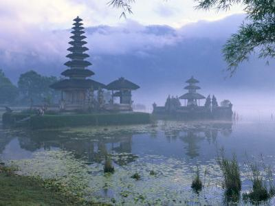 Pura Ulun Temple, Danu Bratan, Island of Bali, Indonesia, Southeast Asia