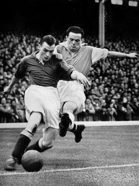 Bryn Jones Tackling Gillick, Arsenal Vs. Everton, 1938