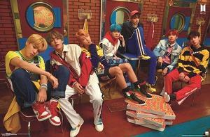 BTS - Crew