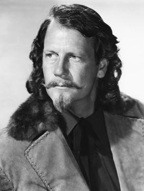 BUFFALO BILL, 1944 directed by WILLIAM WELLMAN Joel McCrea (b/w photo)