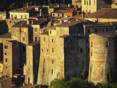 https://imgc.allpostersimages.com/img/posters/buildings-in-maremma-tuscany-italy_u-L-PNFQCB0.jpg?artPerspective=n