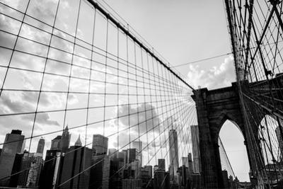 New York City, Brooklyn Bridge Skyline Black and White by bukovski