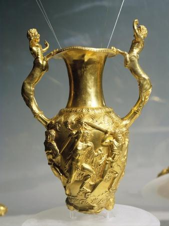 https://imgc.allpostersimages.com/img/posters/bulgaria-amphora-rython_u-L-PPBOV70.jpg?p=0