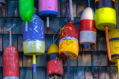 https://imgc.allpostersimages.com/img/posters/buoys-on-an-old-shed-at-bernard-maine-usa_u-L-PXR9YG0.jpg?p=0