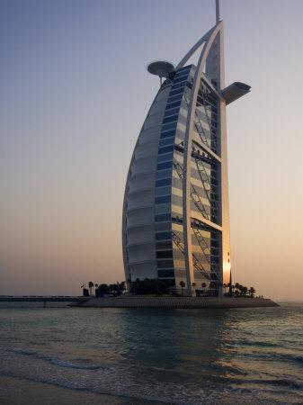 https://imgc.allpostersimages.com/img/posters/burj-al-arab-hotel-dubai-united-arab-emirates-middle-east_u-L-P1K7CB0.jpg?p=0