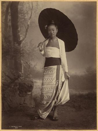 https://imgc.allpostersimages.com/img/posters/burmese-lady_u-L-P94EQX0.jpg?p=0
