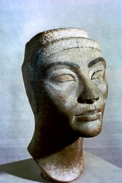 Bust of Nefertiti, Egypt, 1375 Bc
