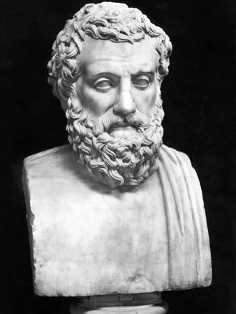 https://imgc.allpostersimages.com/img/posters/bust-sculpture-of-sophocles_u-L-PZO8050.jpg?artPerspective=n