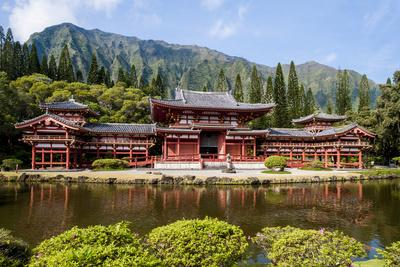 https://imgc.allpostersimages.com/img/posters/byodo-in-temple-valley-of-the-temples-kaneohe-oahu-hawaii-united-states-of-america-pacific_u-L-PWFJ9Z0.jpg?p=0