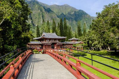https://imgc.allpostersimages.com/img/posters/byodo-in-temple-valley-of-the-temples-kaneohe-oahu-hawaii-united-states-of-america-pacific_u-L-PWFKOJ0.jpg?p=0