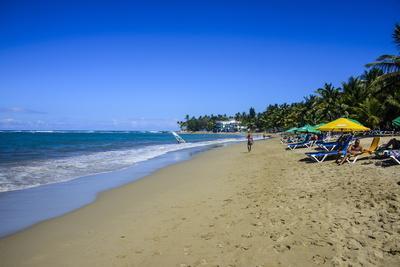 https://imgc.allpostersimages.com/img/posters/cabarete-beach-dominican-republic-west-indies-caribbean-central-america_u-L-PQ8M7B0.jpg?p=0