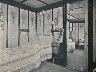 https://imgc.allpostersimages.com/img/posters/cabin-de-luxe-on-the-north-german-lloyd-ss-kronprinzessin-cecilie-c1907_u-L-Q1EFBDE0.jpg?artPerspective=n