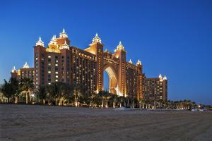 The Beach and the Atlantis 5 Star Resort Complex Designed by the Architects Watg, Dubai by Cahir Davitt