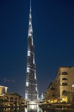 The Burj Khalifa (Armani Hotel) by Skidmore Owings, Merrill and Souk Al Bahar, Business Bay by Cahir Davitt