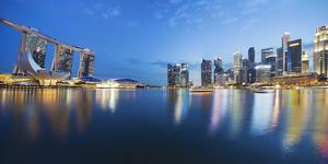 The Fullerton Hotel and Singapore Skyline, Downtown Core by Cahir Davitt