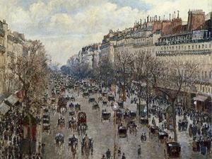 Boulevard Monmartre in Paris by Camille Pissarro