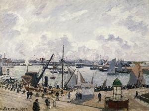 Le Quai De Southampton Au Havre, 1903 by Camille Pissarro