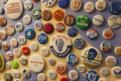 https://imgc.allpostersimages.com/img/posters/campaign-buttons-mcgovern-legacy-museum-mitchell-south-dakota-usa_u-L-PN6VYA0.jpg?p=0