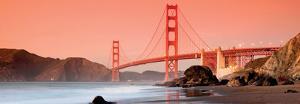 Golden Gate BridgeSan Francisco by Can Balcioglu