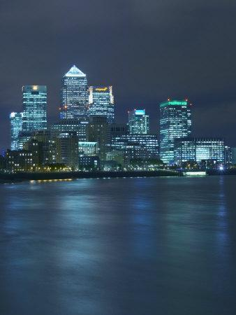 https://imgc.allpostersimages.com/img/posters/canary-wharf-docklands-viewed-from-wapping-london-england-united-kingdom-europe_u-L-P7X9T80.jpg?p=0