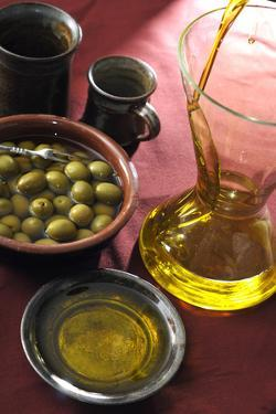 Canino, Sabina and Tuscia Extra Virgin Olive Oils Dop