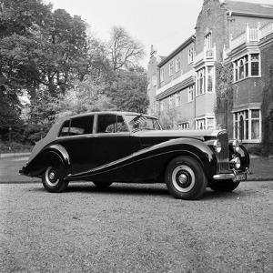 Bentley Mulliner by Carl Sutton