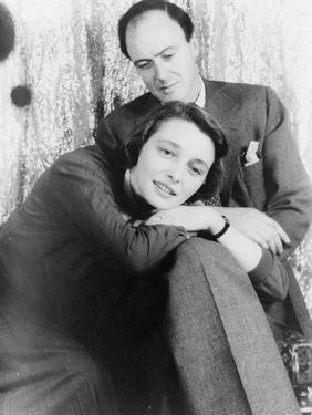 Patricia Neal with Roald Dahl, 1954 by Carl Van Vechten