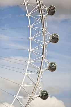 London Eye in London, England by Carlo Acenas
