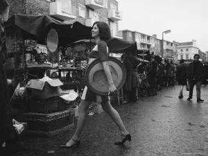 Art Director Jeanette Collins wears latest fashion while strolling through Portobello Road by Carlo Bavagnoli