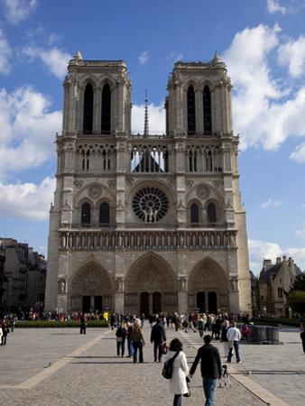 Western Facade, Notre Dame, UNESCO World Heritage Site, Paris, France, Europe