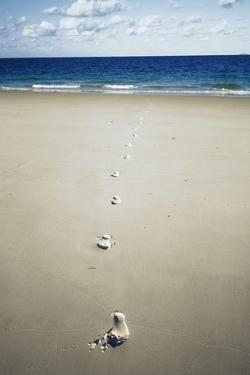 Footprints by Carlos Dominguez
